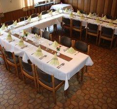 Geburtstage und andere Feste im Gasthof Hengsbach bei gutem Essen und Trinken feiern.